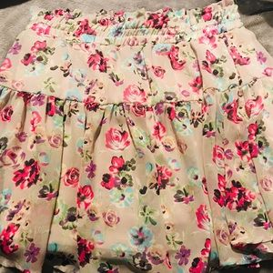 Dresses & Skirts - Juniors' Flouncy Floral Mini Skirt